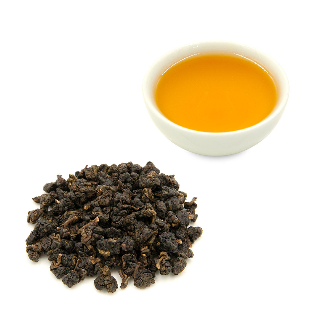 Dong Ding Oolong brewed tea and dried leaves