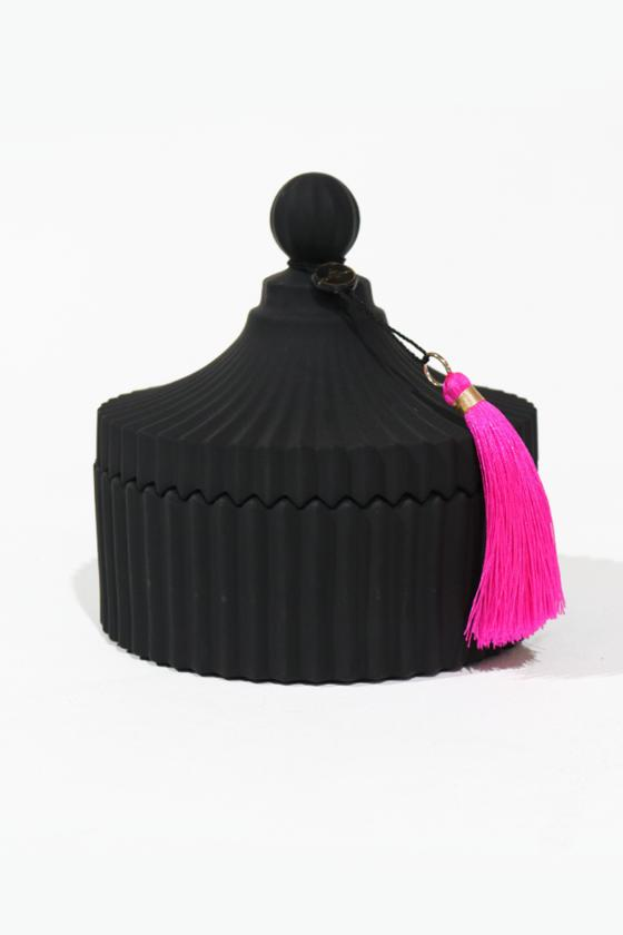 Black Fortunella Candle