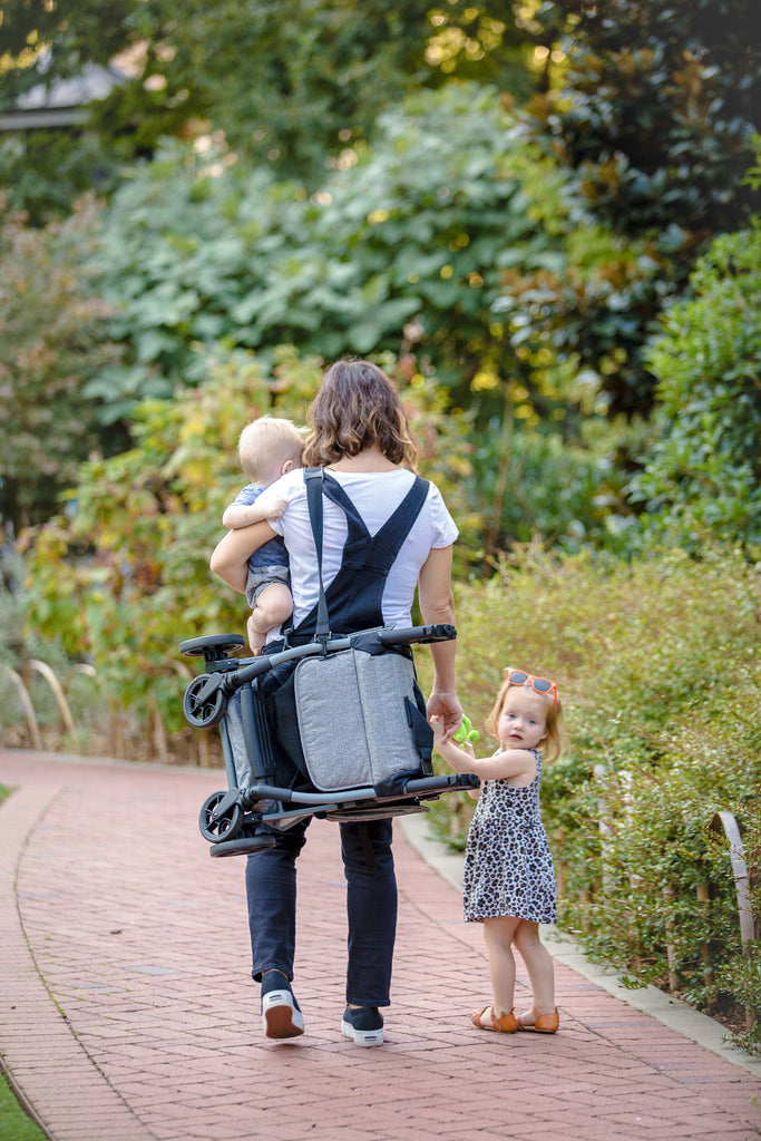 Stroller and carrying straps