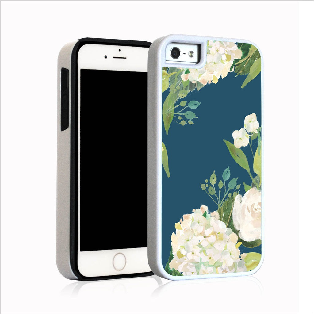 Creme hydrangea top bottom with leaves on turquoise for iPhone 5
