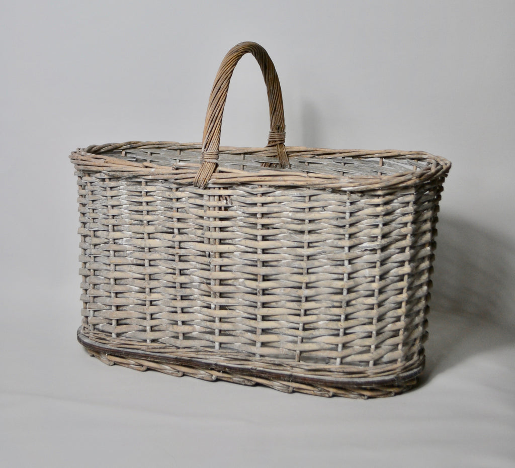Oval Basket with Central Handle