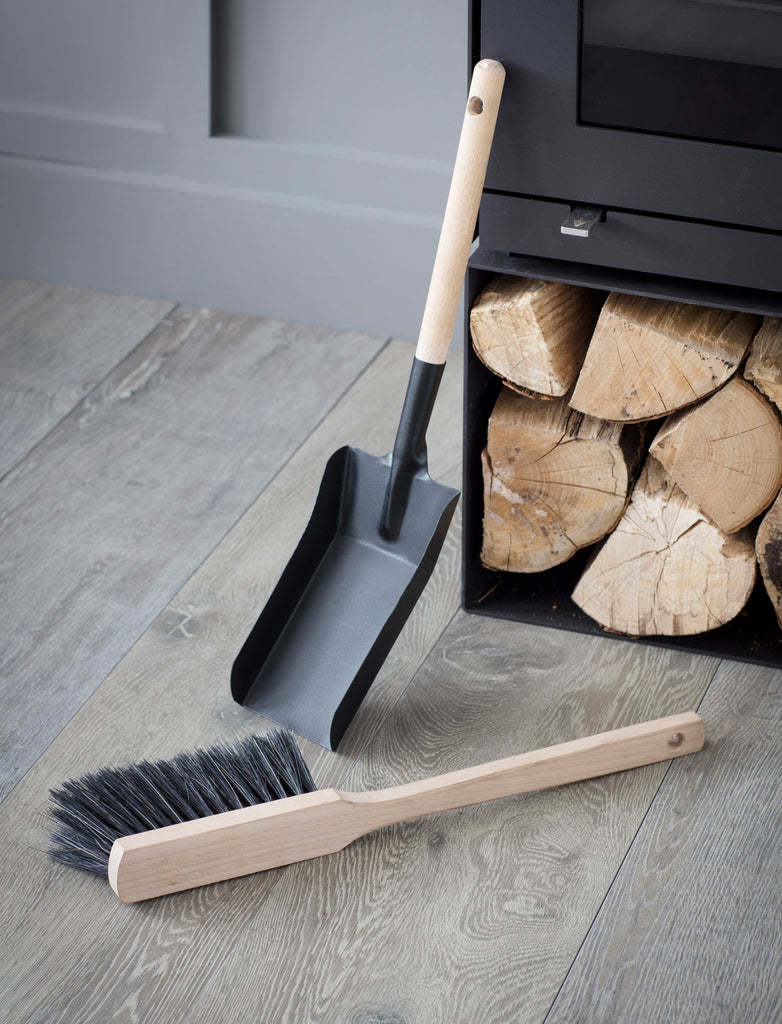 Jutland Fireside Dustpan and Brush - Steel