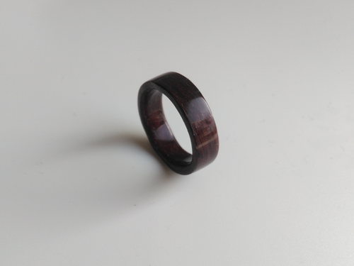 Purple heart bentwood wooden ring