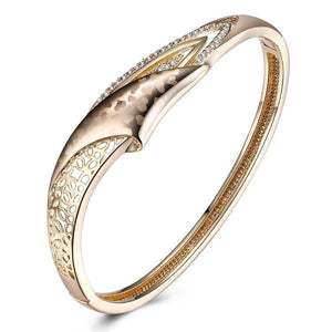 Swarovski Crystal 18K Gold Plated Heart Print Bangle