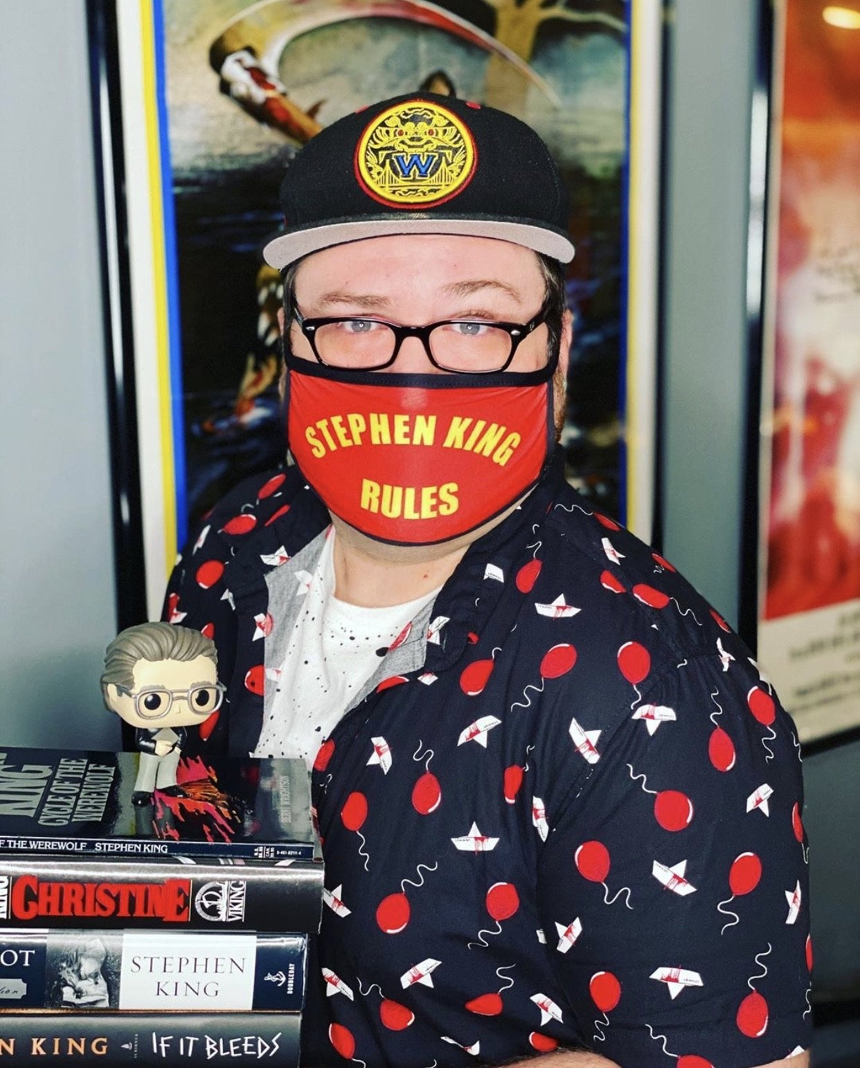 Stephen King Rules Face Mask