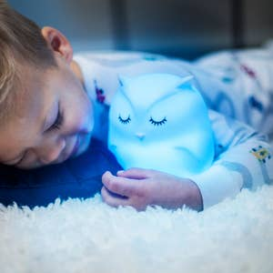 Lumipets - LED Night Light with Remote