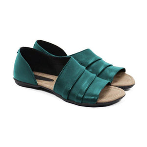 Women Ruffles Pu Slip-on Casual Flat Sandals