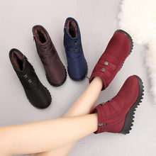Load image into Gallery viewer, Women Solid Fur Lined Flat Heel Winter Zipper SnowBoots