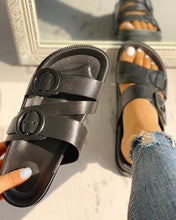 Load image into Gallery viewer, Buckle Strappy Open Toe Flat Sandals