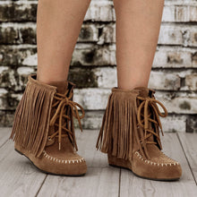 Load image into Gallery viewer, Women Lace-Up Winter Tassel Suede Boots