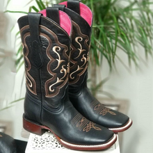 Load image into Gallery viewer, Black All Season Low Heel Floral Embroidered Boots