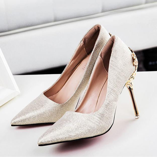 Carved Pointed Toe Heel Wedding Shoes