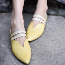Load image into Gallery viewer, Comfortable Flat-Bottomed Pointed Outdoor Slippers
