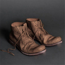 Load image into Gallery viewer, Vintage boots