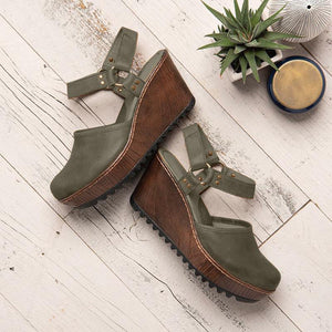 Vintage Closed Toe Wedge Heel Buckle Strap Sandals