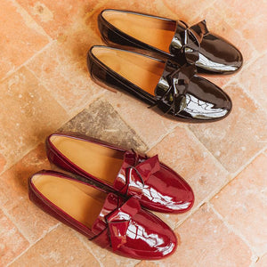 Women's fashion patent leather flat shoes