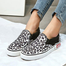 Load image into Gallery viewer, All Season Leopard Canvas Elastic Band Slip-On Loafers