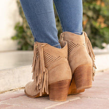 Load image into Gallery viewer, Plus Size Tassel Boho Suede Chunky Heel Ankle Boots