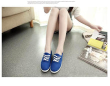 Load image into Gallery viewer, Women canvas shoes 2020 new fashion Comfortable light flat shoes woman 12 colors women flat shoes ladies shoes