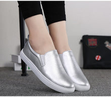 Load image into Gallery viewer, Sunmer shoes woman 2020 fashion high quality flat women sneakers casual comforthable solid color loafers female shoes flats