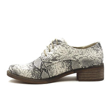 Load image into Gallery viewer, Plus Size Leopard Leather Lace Up Oxford Loafers