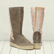 Load image into Gallery viewer, Espadrilled Slip On Spring Cloth Boots
