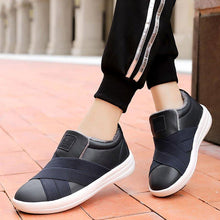 Load image into Gallery viewer, Warm Athletic Style Slip-on Flat Sneakers