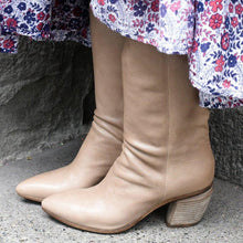 Load image into Gallery viewer, Block Heel Pointed Toe Slip-On Mid-Calf Boots Vintage Booties