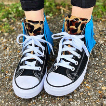 Load image into Gallery viewer, Tassel Leopard Printed Lace Up Canvas Sneakers