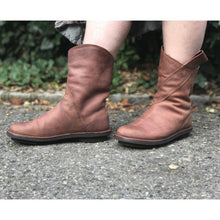 Load image into Gallery viewer, Simple Style Slip On Faux Leather All Season Boots