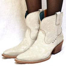 Load image into Gallery viewer, Women's Stylish Ankle Boots Comfortable Chunky Block Heel Western Cowboy Slip on Booties