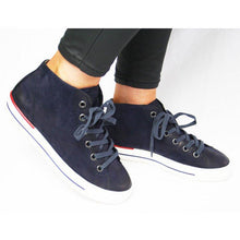 Load image into Gallery viewer, Flat Heel Lace-Up Womens Plus Zize Casual Sneakers