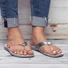 Load image into Gallery viewer, Women's Outdoor Beach Flip Flops Slippers