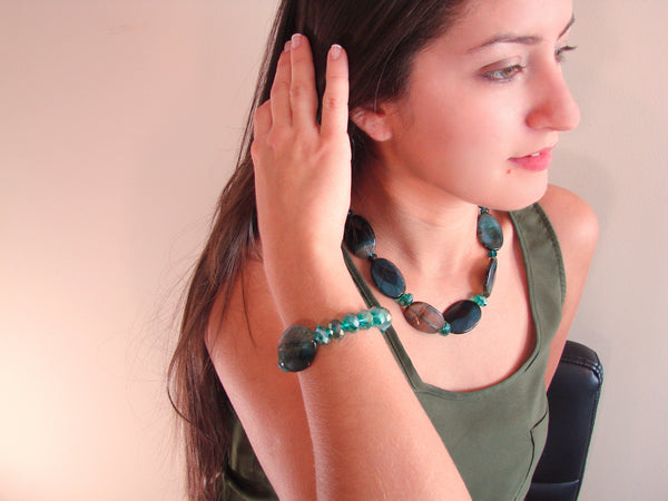 green necklace in brushed glass beads