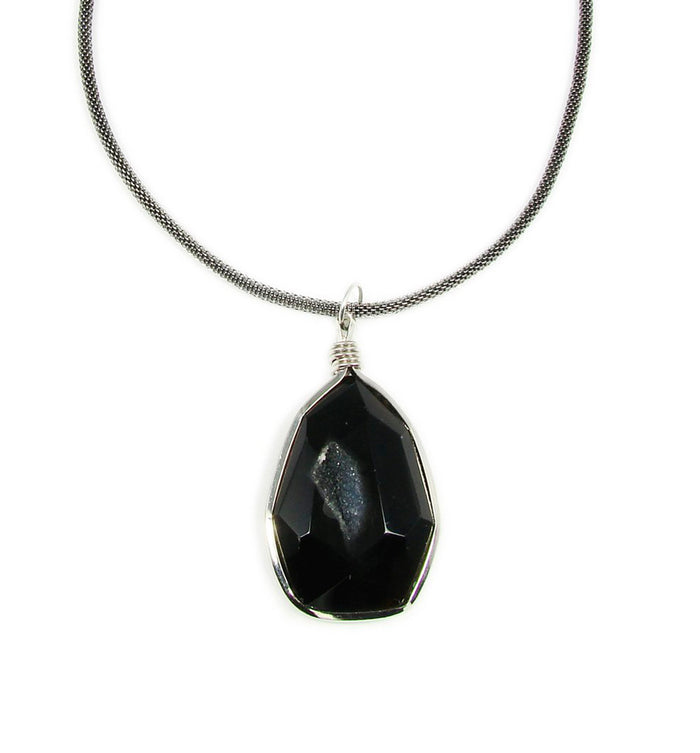 Unique Black Quartz Pendant Necklace