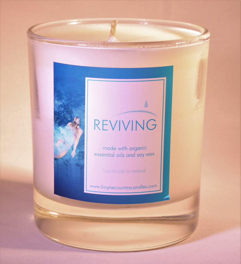 Reviving  Candle 30cl