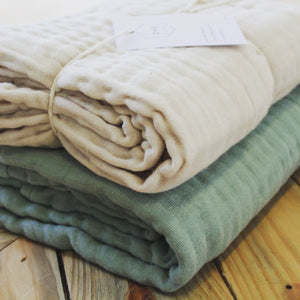 DOVE AND DOVELET - ORGANIC COTTON QUILTED MUSLIN BLANKET