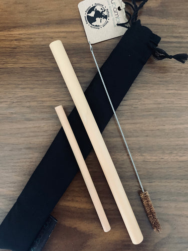 BAMBOO STRAWS - 1 REGULAR, 1 COCKTAIL & COCONUT FIBRE CLEANING BRUSH