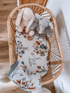 POP YA TOT - A LITTLE POSY MUSLIN BASSINET SHEET