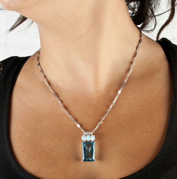 Vintage 1970's Platinum 18ct AAA Aquamarine Necklace W/ Opal & Diamond Accents