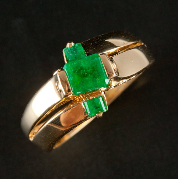 18k Yellow Gold Emerald Shaped Emerald Three Stone Cocktail Ring .79ctw 5.8g