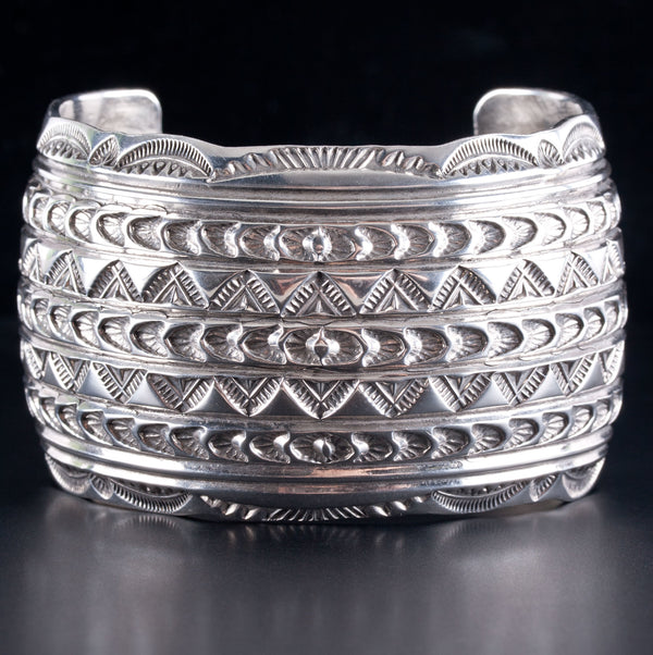 "Vintage 1970s Sterling Silver ""R Benally"" Navajo Bracelet W/ Etched Style 122.3g"