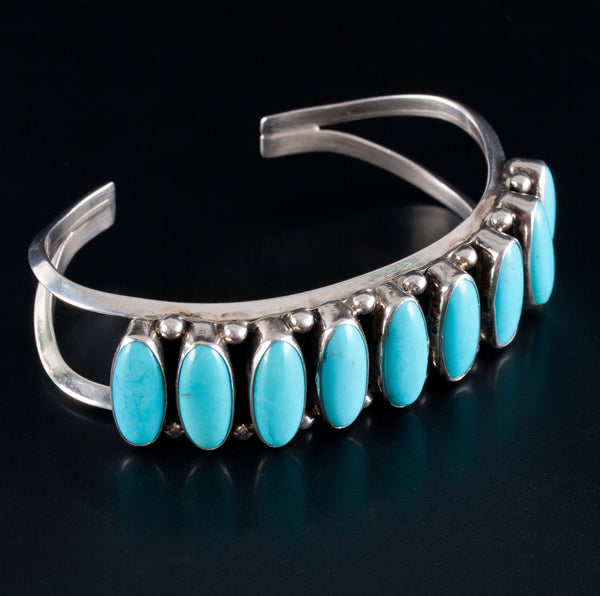 Vintage 1970s Sterling Silver Navajo Oval Cabochon Turquoise Cuff Bracelet 81ctw