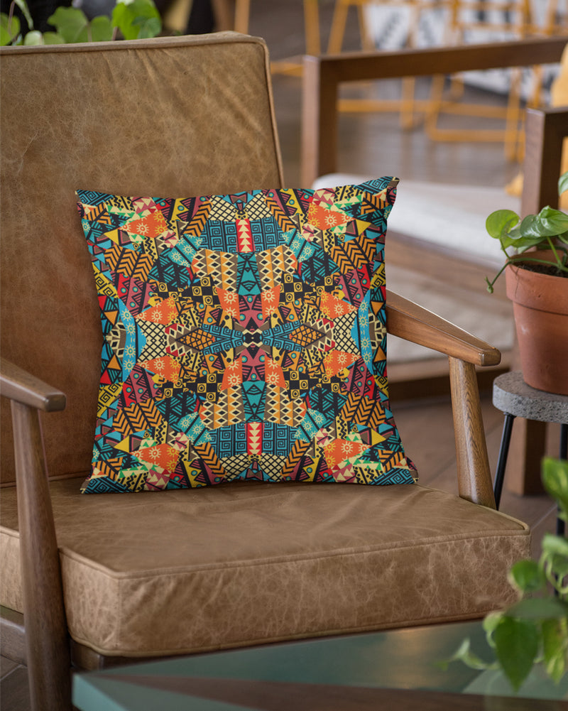 Geometric Pattern Design Cushion Cover