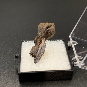 Goethite #1 Thumbnail Specimen (Crystal Peak, Colorado, USA)