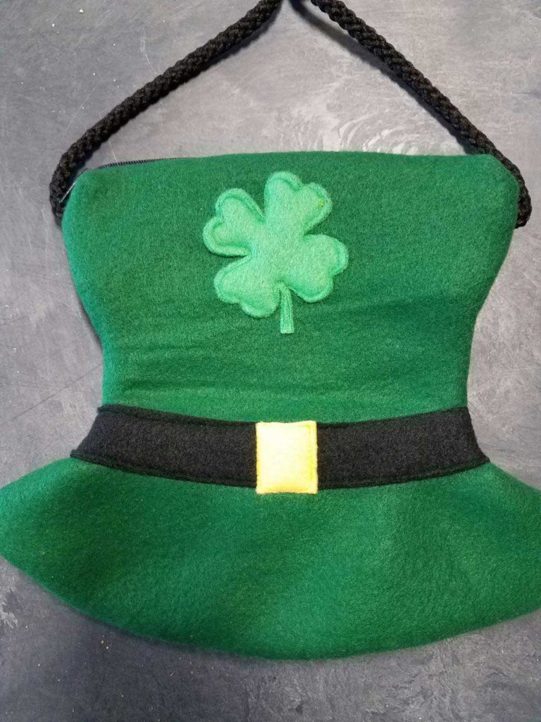 Lucky's Happy Hat - Limited Edition Bonding Pouch - Pocket Pets