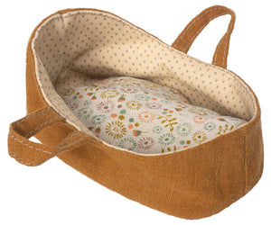 Carrycot, Micro