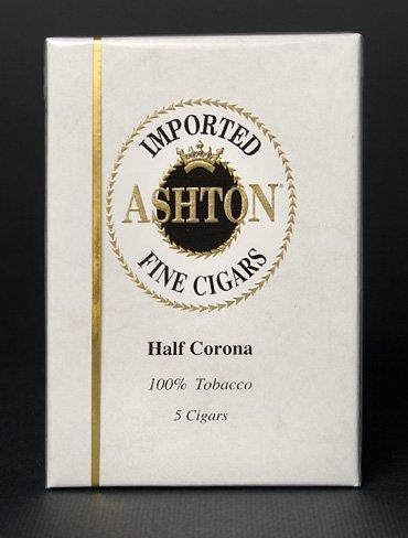 Ashton Small Cigars Half Corona