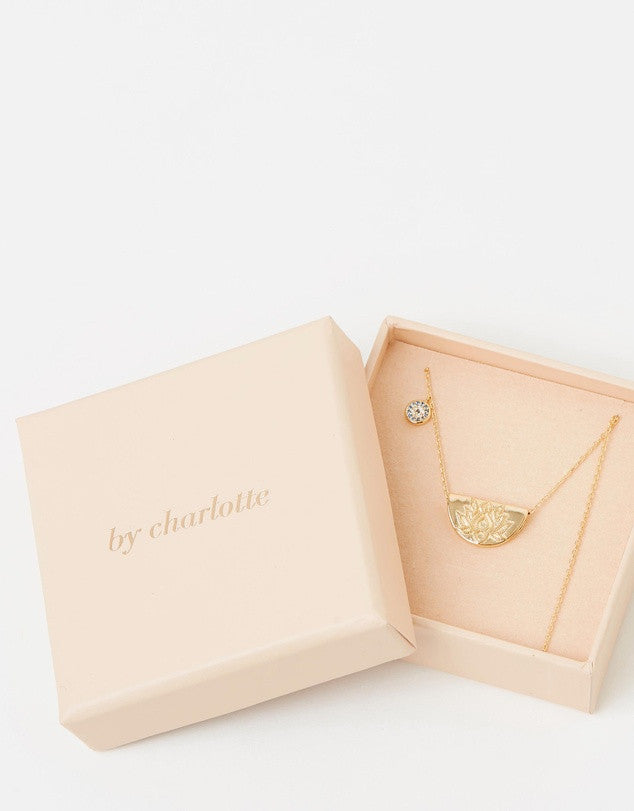 By Charlotte Lucky Lotus Short Necklace, Gold