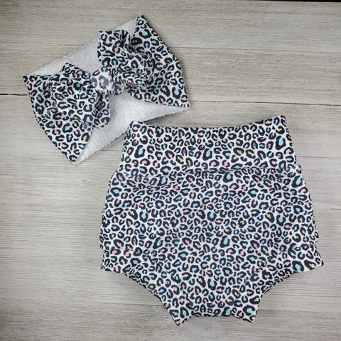 Bummie Set - Rainbow Leopard Ready to Ship 0 to 3m and 6 to 9 m